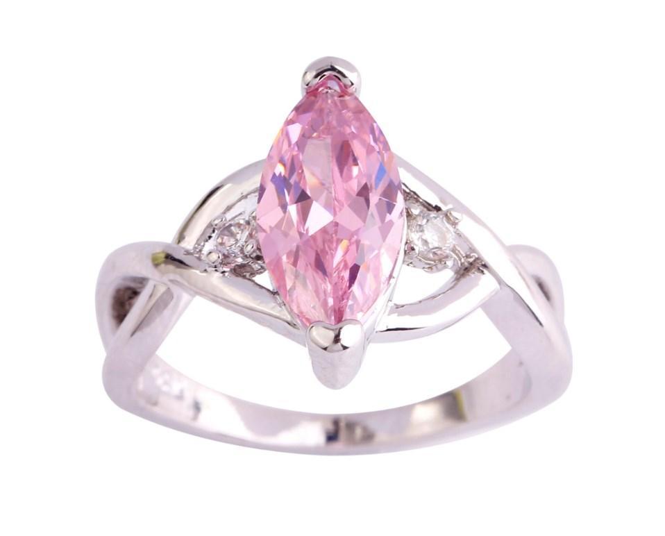 Серебряное кольцо, Кристалл, с розовым камнем куб. цирконий, размер 19
