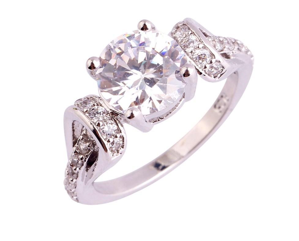 Серебряное кольцо, Кристалл, с белым камнем куб. цирконий, размер 19