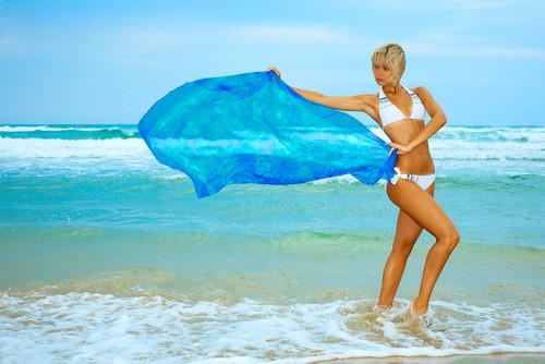 Парео, туники для пляжа