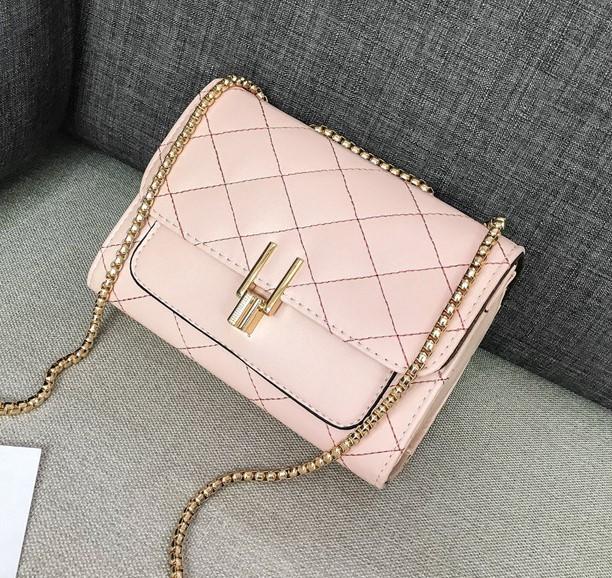 a06d0eb9337e Молодежная женская сумка на цепочке в стиле Celine: продажа, цена в ...