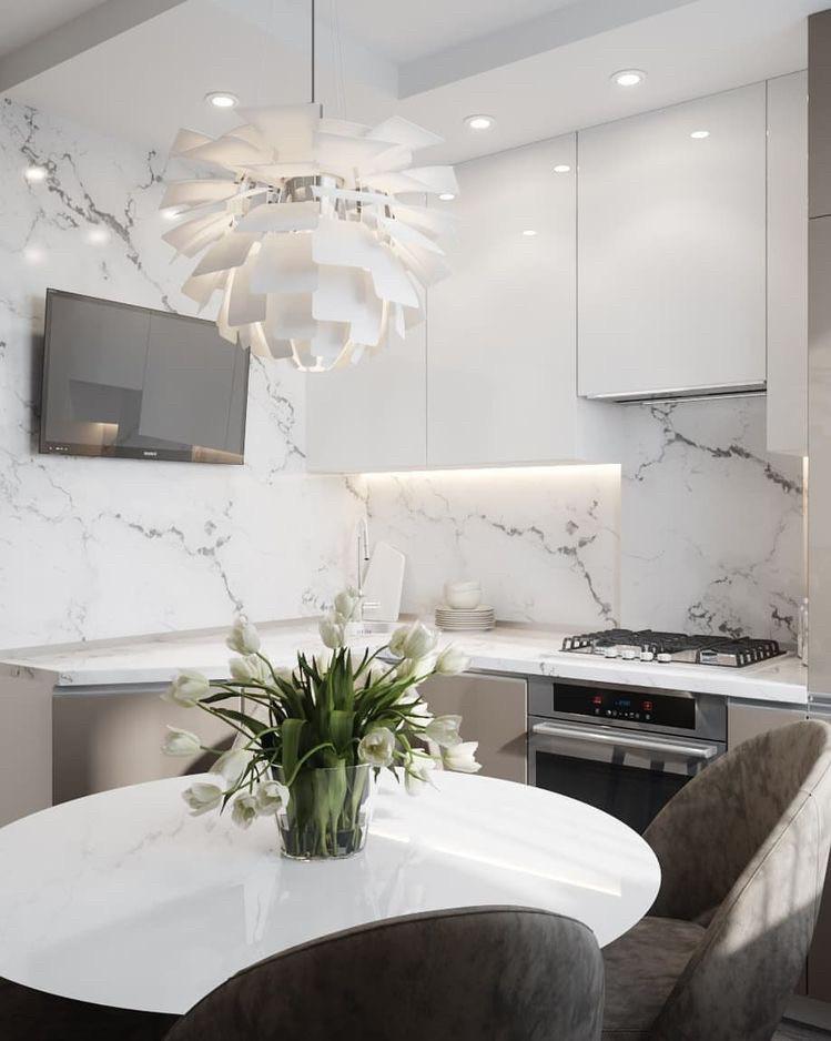 Кухня верх белый глянец низ капучино глянец, стенпанпль керамогранит мрамор