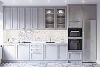 Кухня на заказ серая матовая с фрезерованными фасадами в стиле современная классика