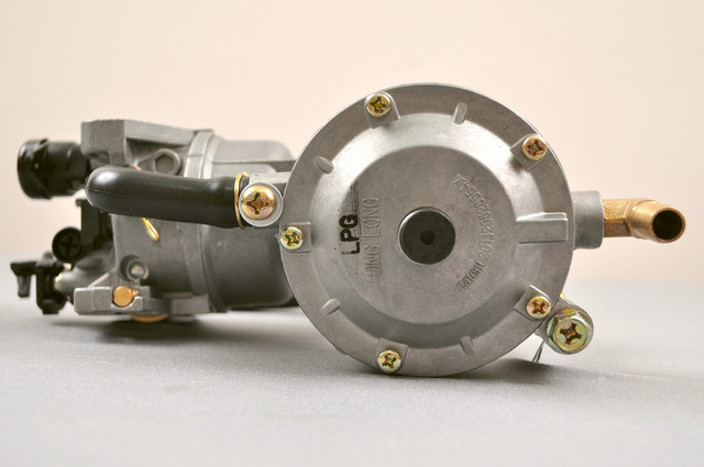 Бензиновый мотор Lifan 177F-B на 9 л.с.