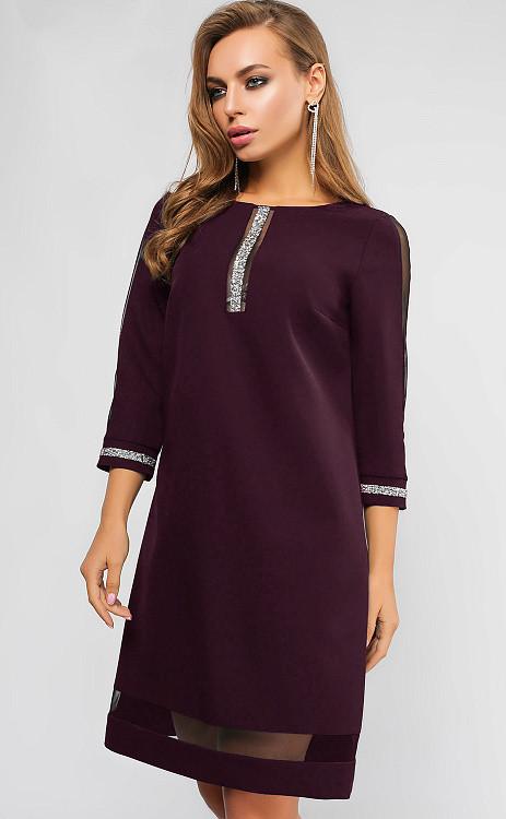 Красивое коктейльное платье прямого кроя марсала