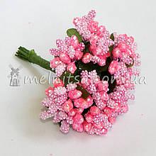 Сложные тычинки с крупным блеском, розовый