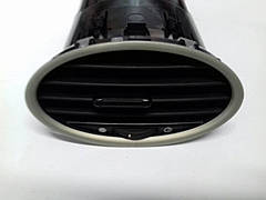 Решітка обдуву салона Форд Фокус 2/Решотка обдува салона Ford Focus 2