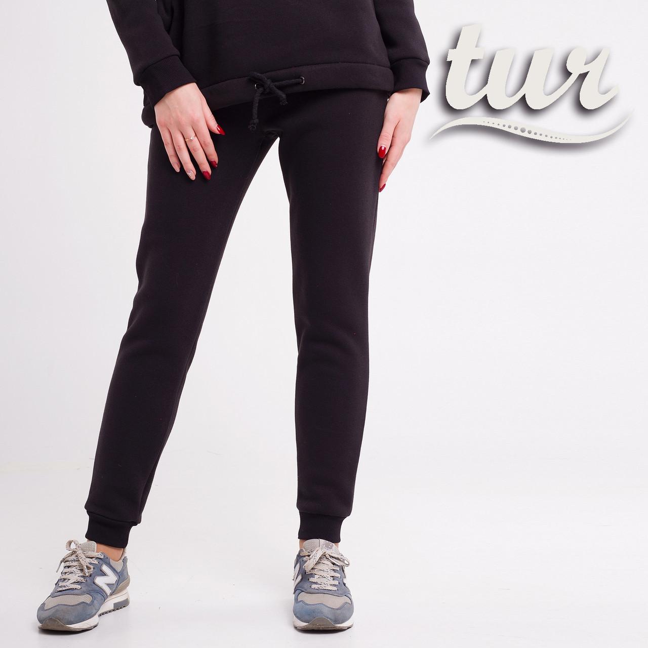 Зимнее спортивные штаны женские черные от бренда ТУР размер S, M