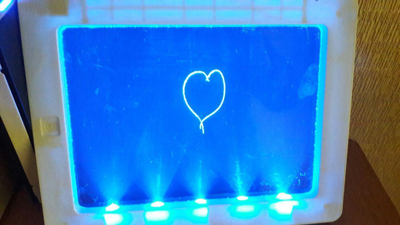 Планшет для рисования с неоновой подсветкой