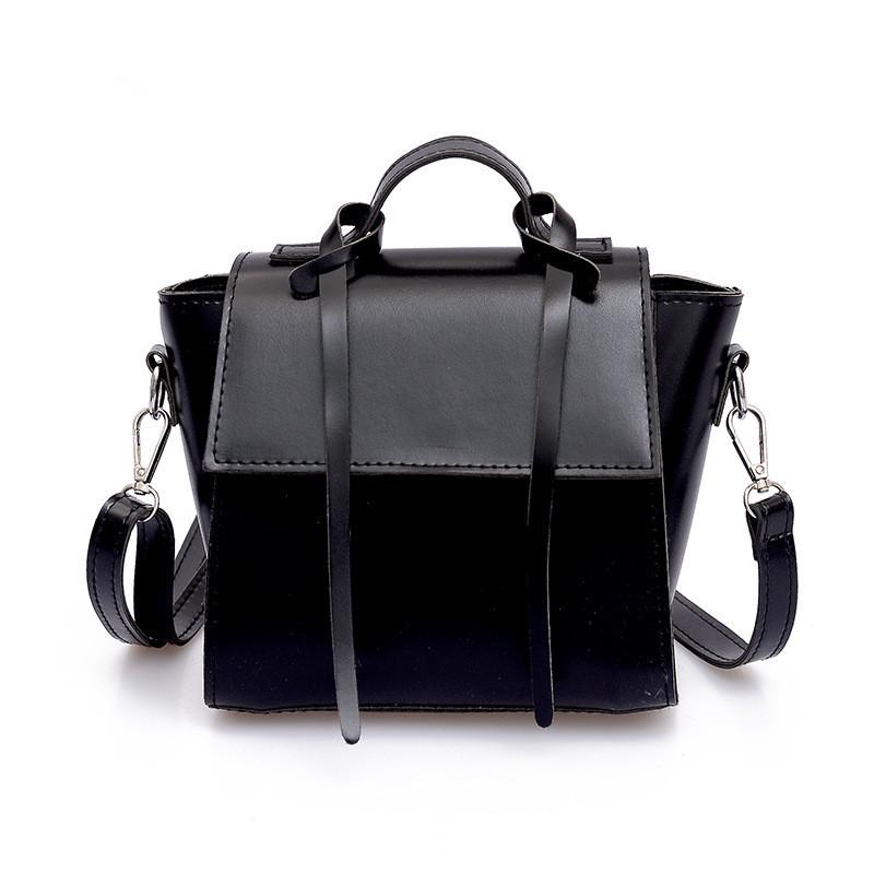 4e9362b6bf49 Маленькая женская сумочка на плечо черная из мягкой экокожи купить ...