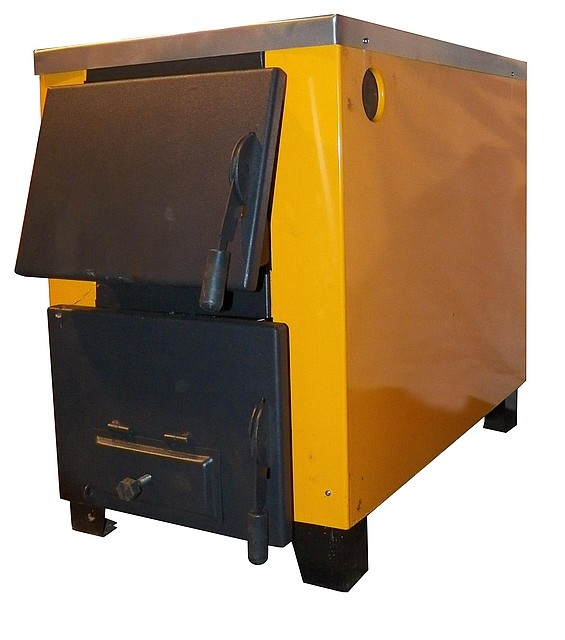 Котел-печь КОТВ-17,5 с варочной поверхностью на твердом топливе
