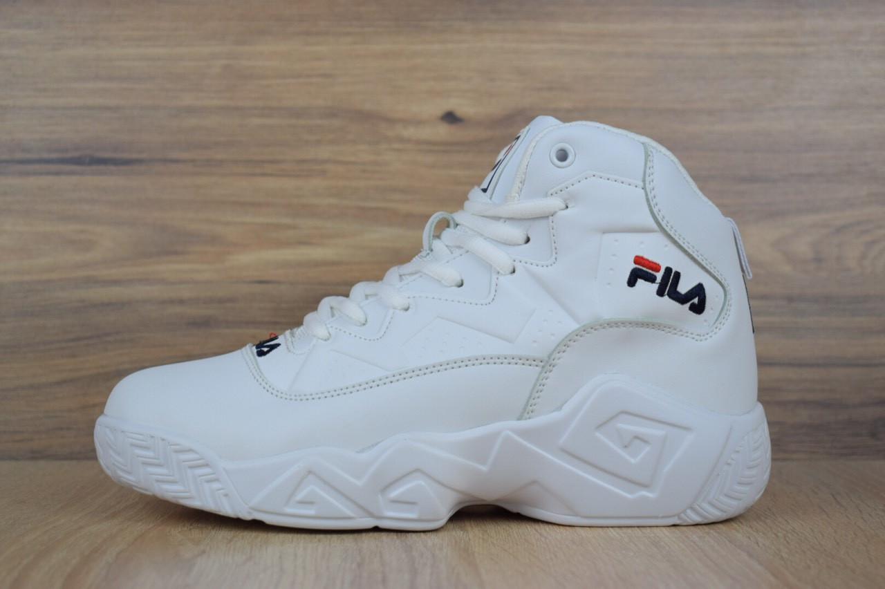 Белые. Кроссовки зимние женские в стиле Fila 638960565aa7c