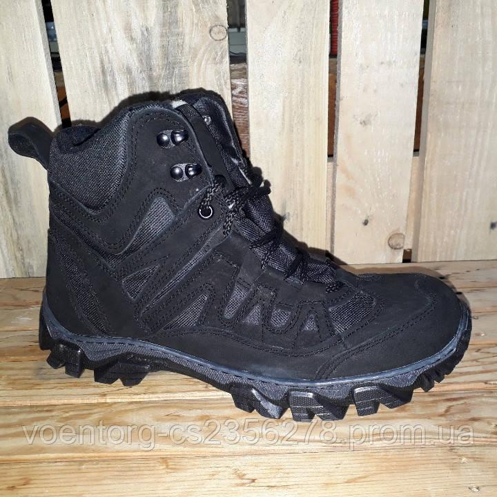 2d198d6d7 Трекинговые ботинки зимние Черные, цена 1 150 грн., купить Горняк ...