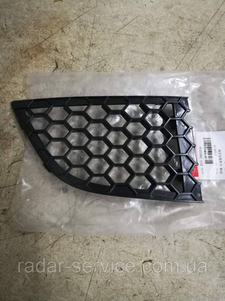 Решітка переднього бампера права, чері a13 Forza, a13-2803536