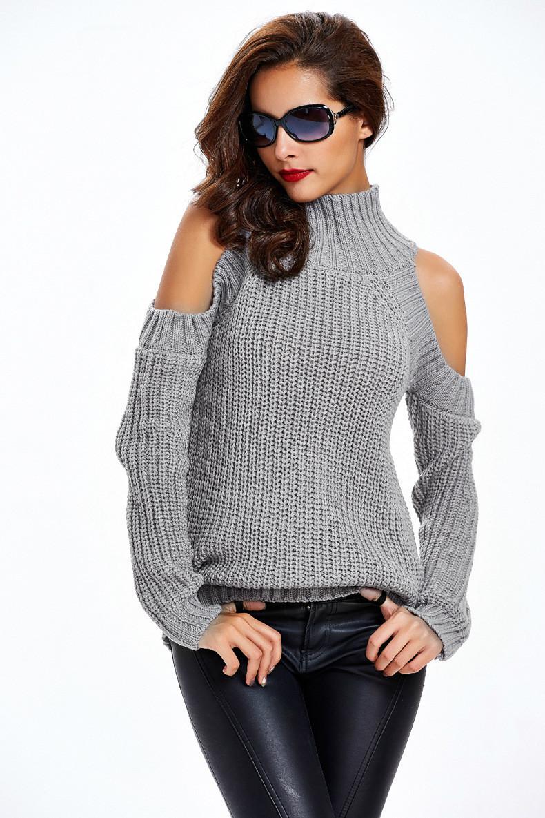 f840aeb9e62 Женский свитер под горло крупной вязки с открытыми плечами серый ...