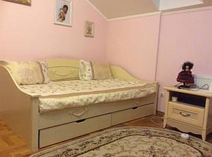 Ліжко односпальне в дитячу з натурального дерева (бук щит) Барбі Kempas