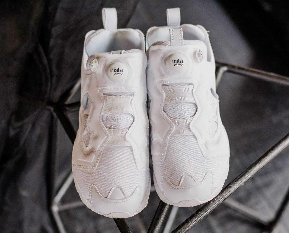 748638cfa72d Reebok Insta Pump Fury OG Triple White   кроссовки мужские и женские   белые  летние