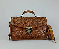Оригинальная  кожаная сумка- саквояж ручной работы с тисненым цветочным рисунком