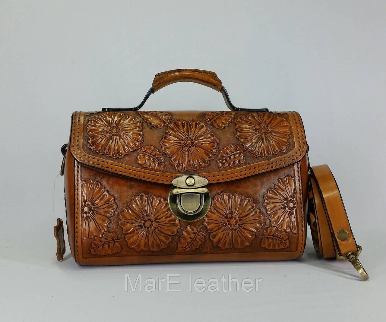 07db438f698d Оригинальная кожаная сумка- саквояж ручной работы с тисненым цветочным  рисунком - MarE leather в Белой