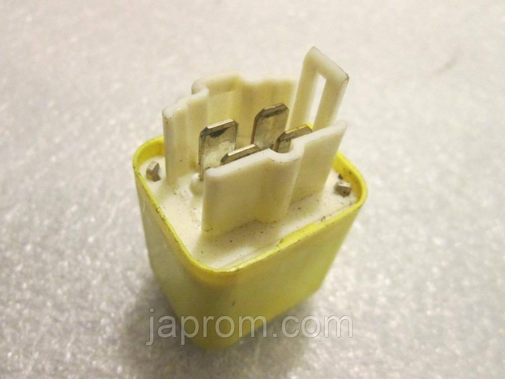 Реле Mazda JE16 Denso 056700-8780