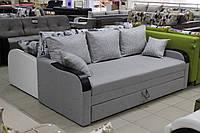 Раскладной диван с декоративными накладками