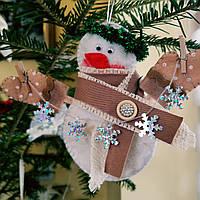 """Новогодние украшение """"Снеговик коричневый"""" ручной работы"""