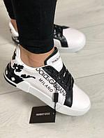 Женские кроссовки белые с черным