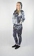 Женский велюровый спортивный костюм серебряного цвета