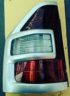 Фонарь левый Mitsubishi Pajero III