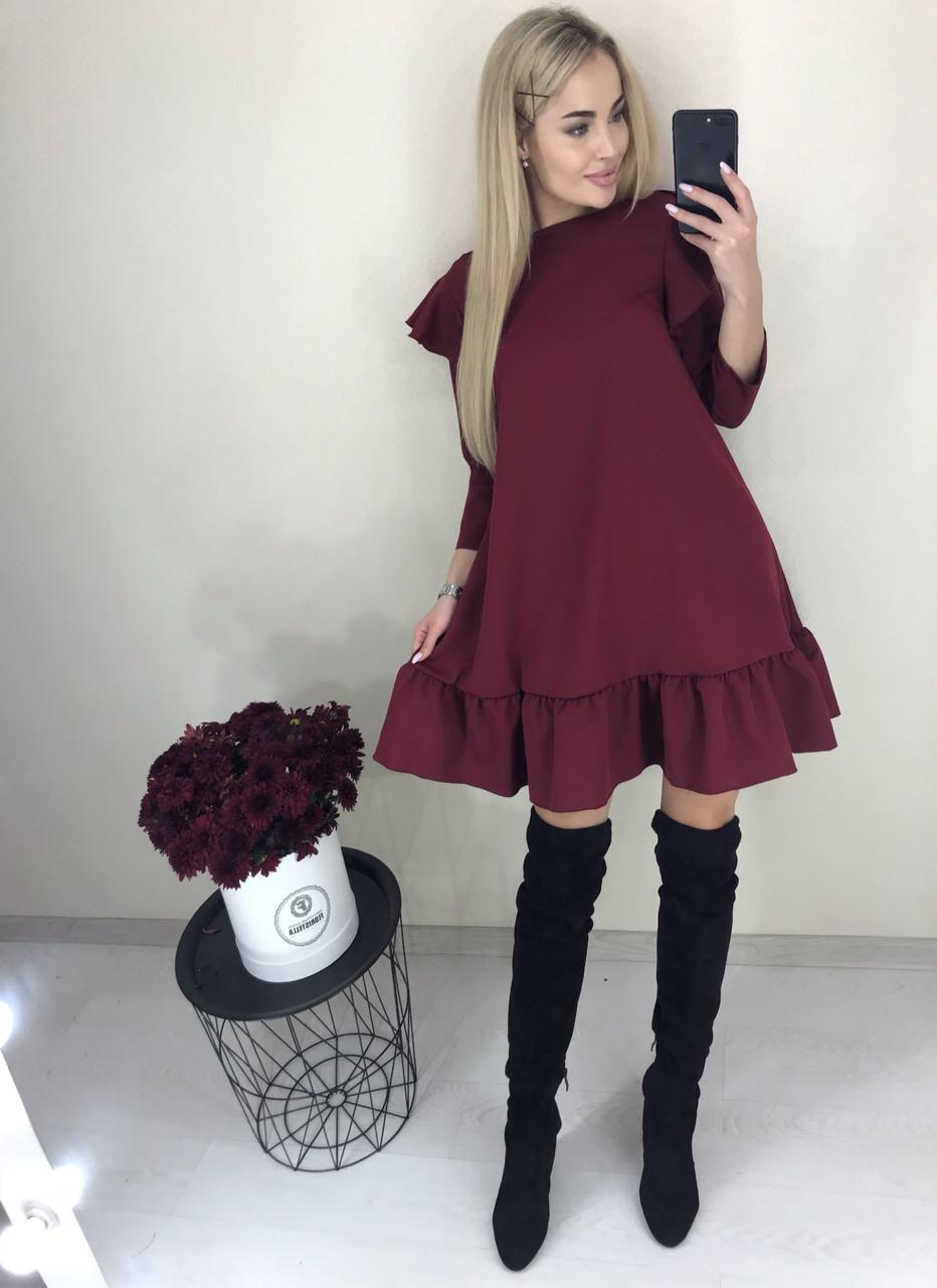 Бордовое платье с воланом внизу