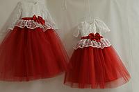 """Нарядное детское платье """"Карамелька""""№ 2 с гипюровыми рукавчиками и красным фатином"""