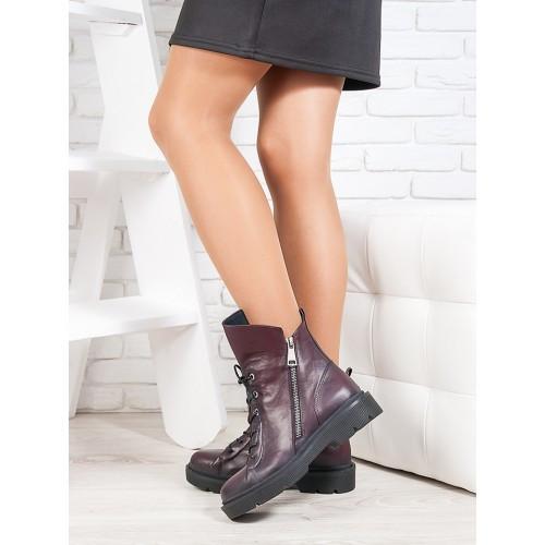 Женские демисезонные кожаные ботинки на тракторной подошве с молнией и шнуровкой  цвета бордо