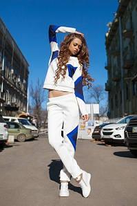 Стильный спортивный костюм с треугольными вставками (три цвета)