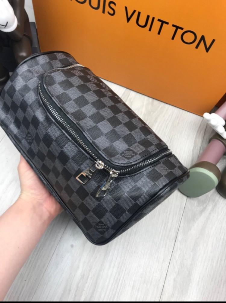 1db89b4a27b1 Дорожная косметичка (сумка ) LOUIS VUITTON LUX реплика - купить по ...