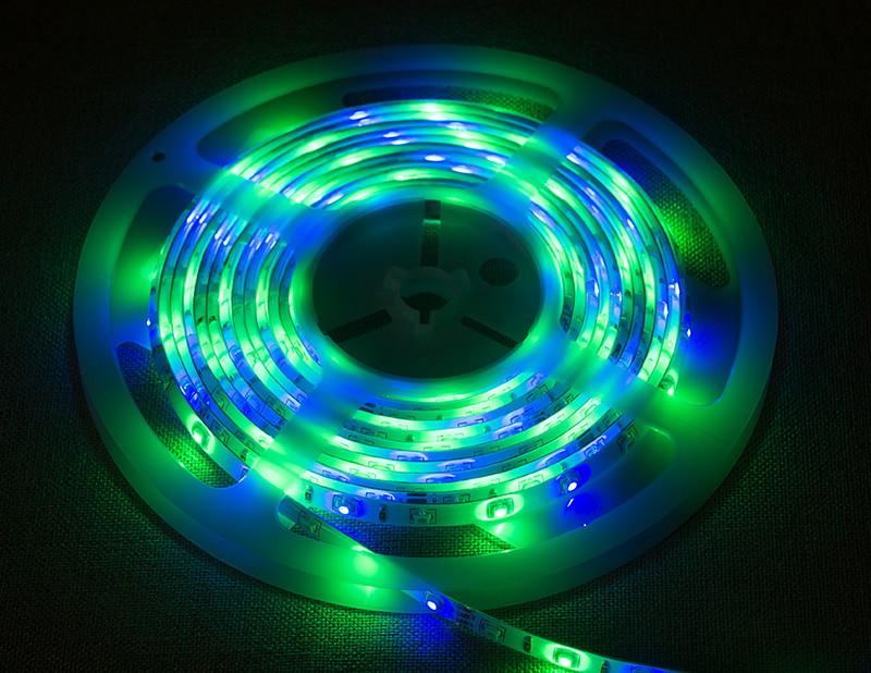 Світлодіодна стрічка 3528 RGB 60LED/m IP65 вологозахищена