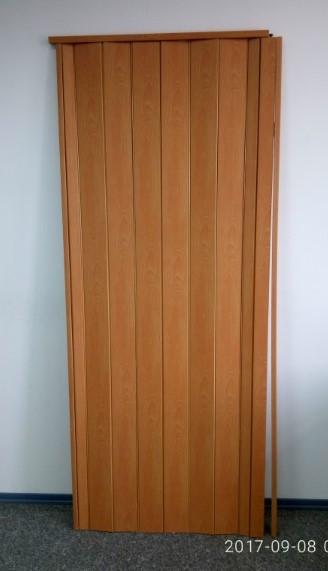 Дверь гармошка глухая 810 х 2030 Вишня