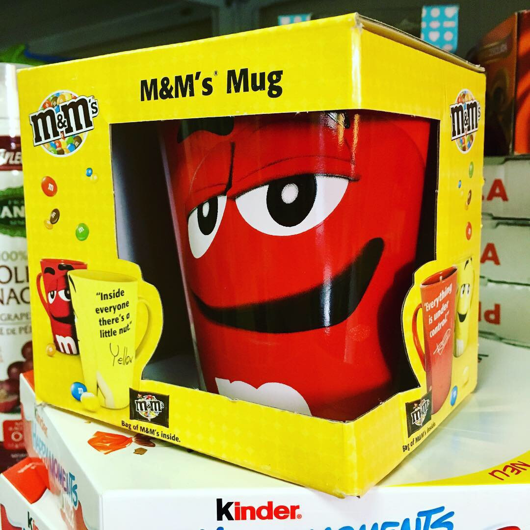Красная чашка M&M´s