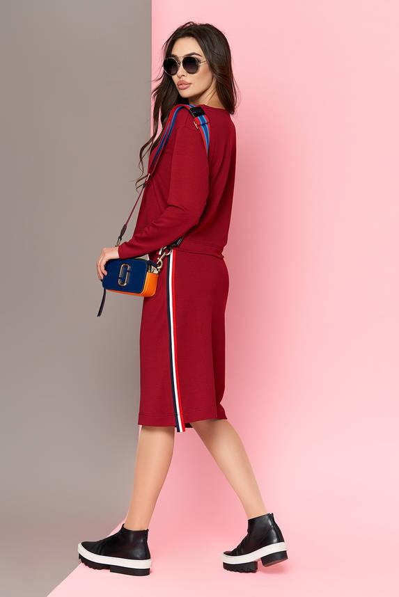Женский костюм с юбкой и кофтой бордовый, фото 2