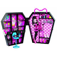 "Набор с куклой ""Шкафчик Дракулауры"" Monster High"