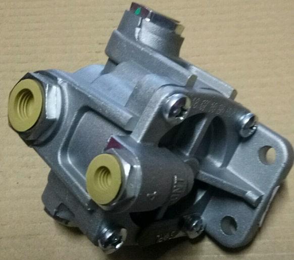Клапан воздушныйFAW CA3252 (Фав 3252)