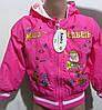 Детская курточка украшена принтом из любимого мультфильма