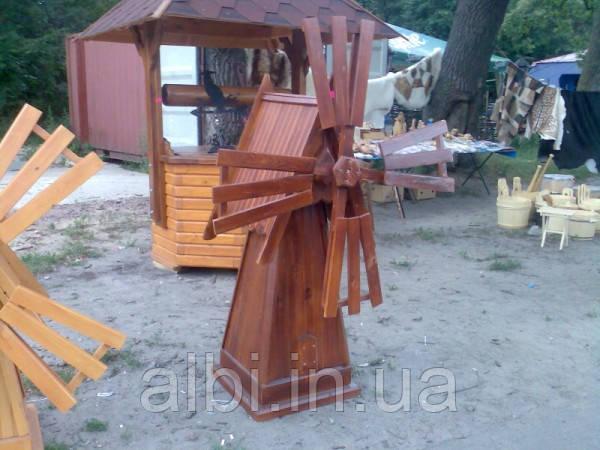 Садовый декор Мельница ветряная М-1 деревянная