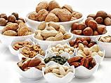 Саженцы орехов