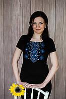 Чорна жіноча вишиванка із широкою горловиною у чорному кольорі «Карпатський орнамент (синя вишивка)», фото 1
