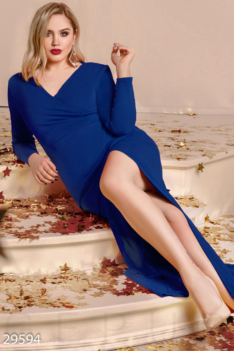 Торжественное платье-макси синего цвета больших размеров
