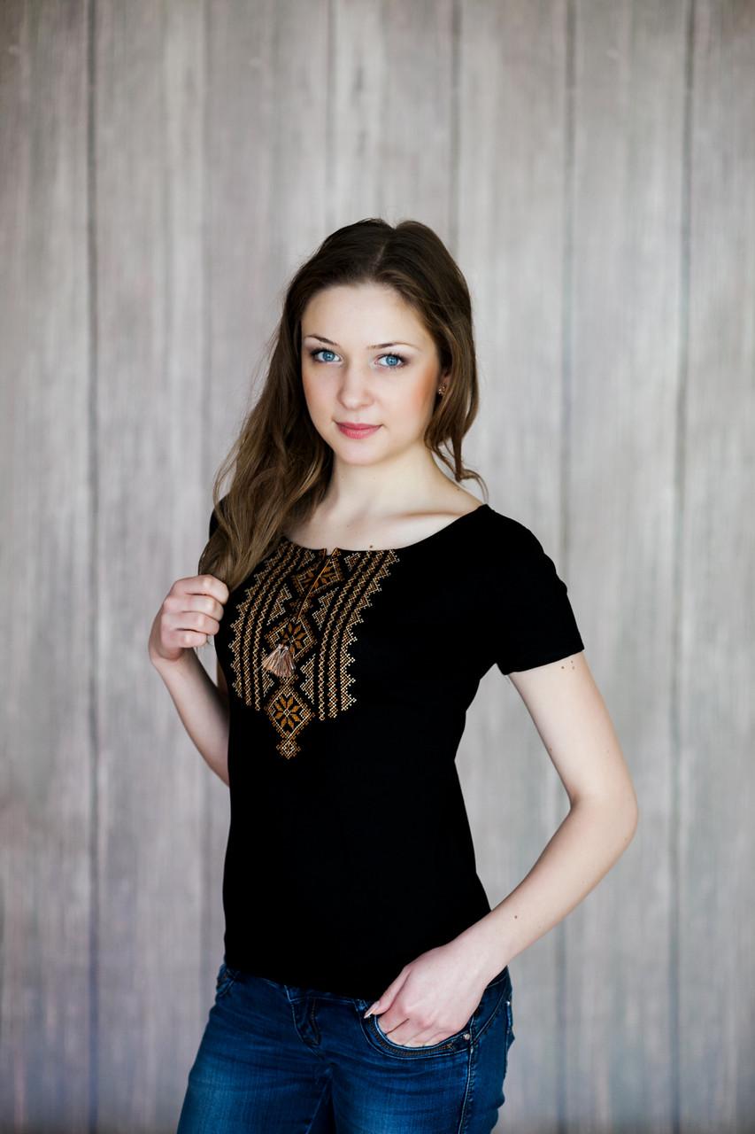 Женская черная вышитая футболка в украинском стиле «Гуцулка (коричневая вышивка)»