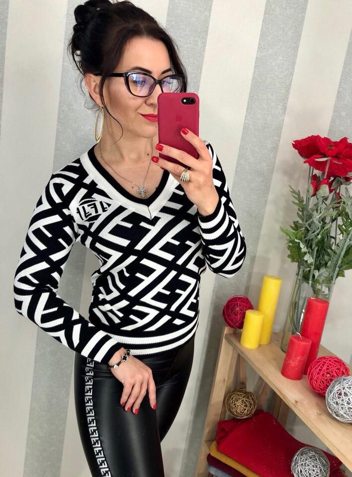 Женский оригинальный свитер РАЗНЫЕ ЦВЕТА(Фабричный Китай ) Код 0166