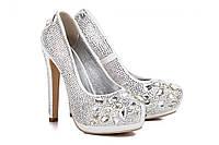 Туфли женские на каблуке свадебные со стразами