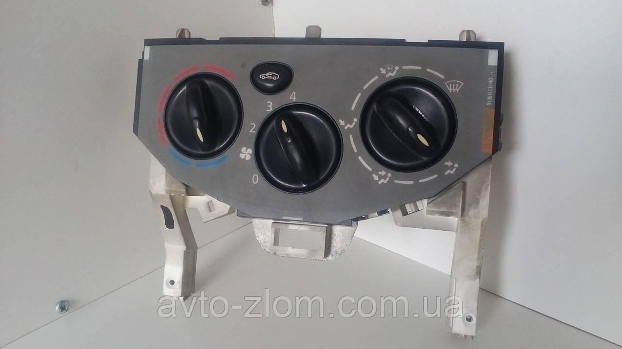Блок управления печкой Opel Vivaro, Renault Trafic, Опель Виваро, Рено Трафик. W964097K.