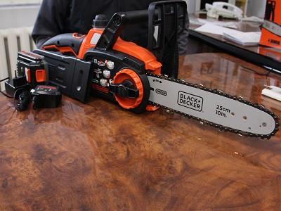 Аккумуляторная цепная пила Black&Decker GKC1825L20