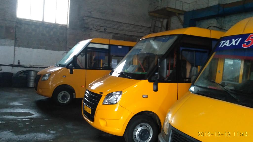 Производств и замена лобового стекла триплекс на автобусе РУТА NEXT  в Никополе (Украина). 63